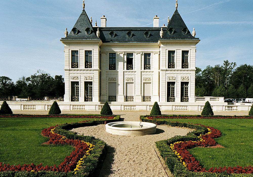 Plendi ch teau louis xiv for Chateau louis 14 louveciennes